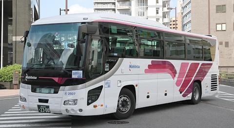 西日本鉄道「フェニックス号」いすゞガーラHD
