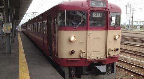 JR北海道 711系電車 旧国鉄色復刻カラー