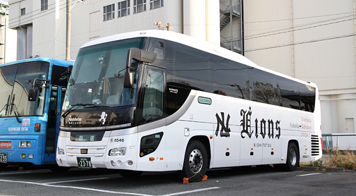 西鉄高速バス「ライオンズエクスプレス」2378(H24.11.28) アイキャッチ用