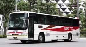 京王バス東「中央高速バス富士五湖線」 2765 新宿駅西口にて その2