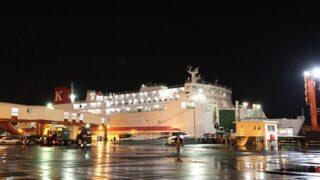 川崎近海汽船「シルバープリンセス」 苫小牧港にて