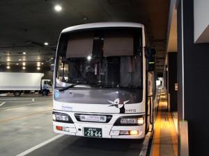 西鉄高速バス「桜島号」夜行便 4012 西鉄天神高速BT到着