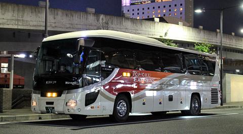 東北急行バス「ルブラン号」 910号車 いすゞガーラHD