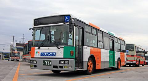 とさでん交通へ渡った元都営バスの西工製スペースランナーJP