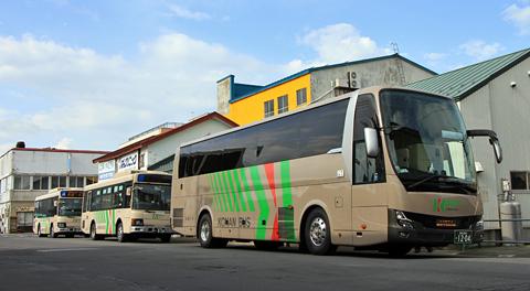 弘南バス「ノクターン号」 1204 五所川原にて アイキャッチ用 480