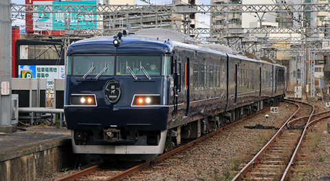 JR西日本 117系「WEST EXPRESS 銀河」 下関駅にて アイキャッチ用 960