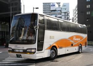 日ノ丸自動車「大山号」・136