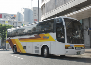 西鉄高速バス「道後EXPふくおか号」5703